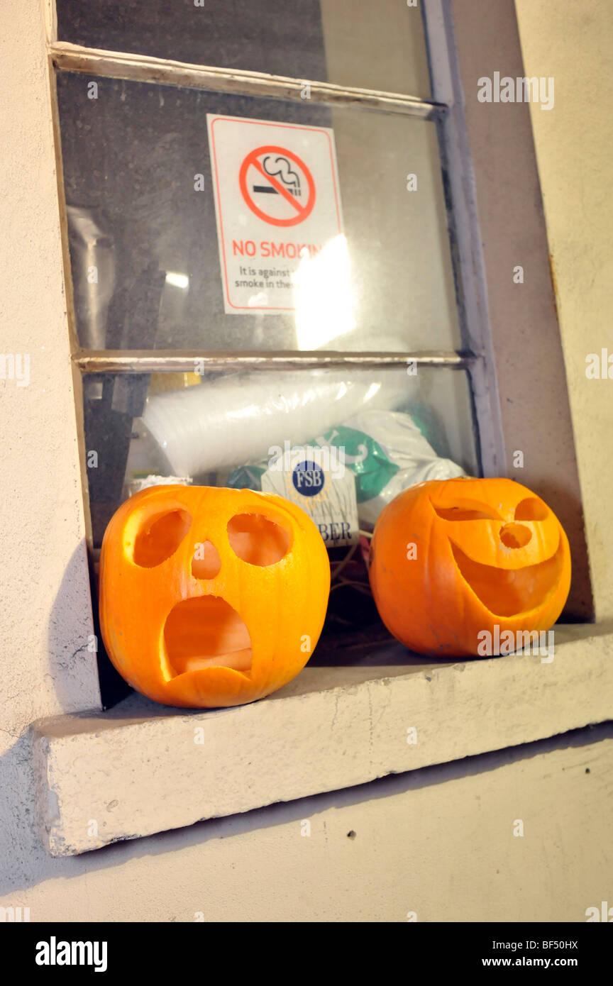 Insolito stravagante zucca di Halloween di espressioni Immagini Stock
