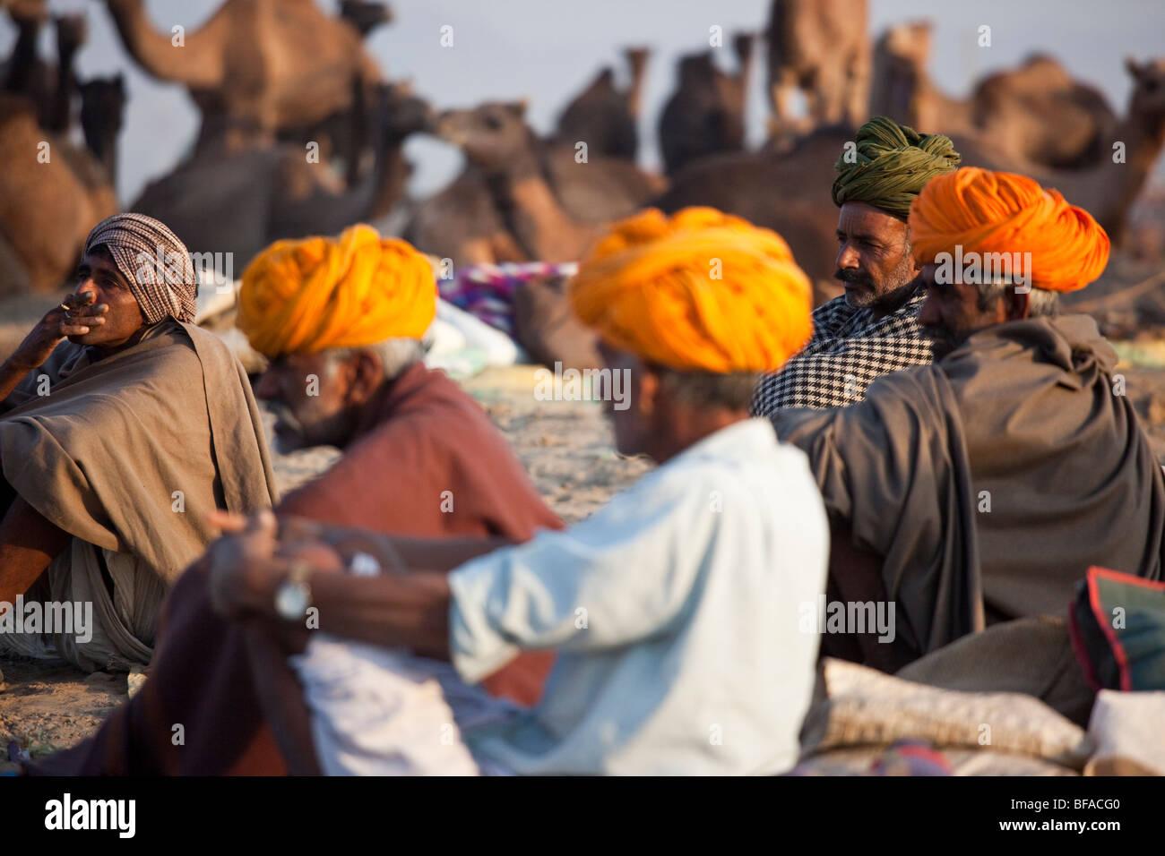 Rajput uomini al Camel Fair in Pushkar India Immagini Stock