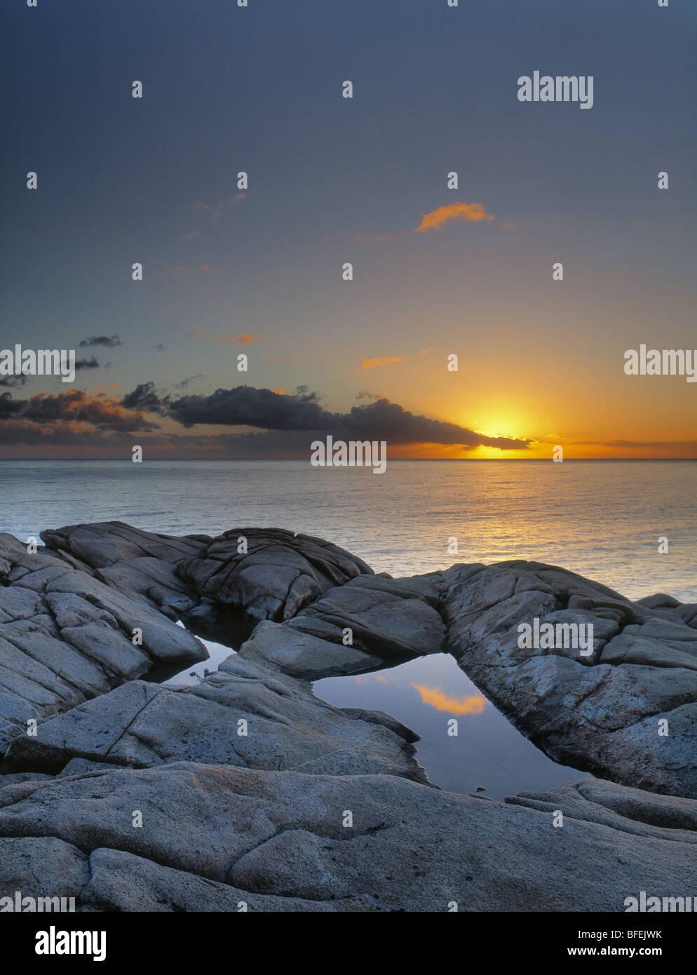 Sunset over Lakie testa di Cape Breton Highlands National Park, Nova Scotia, Canada Immagini Stock