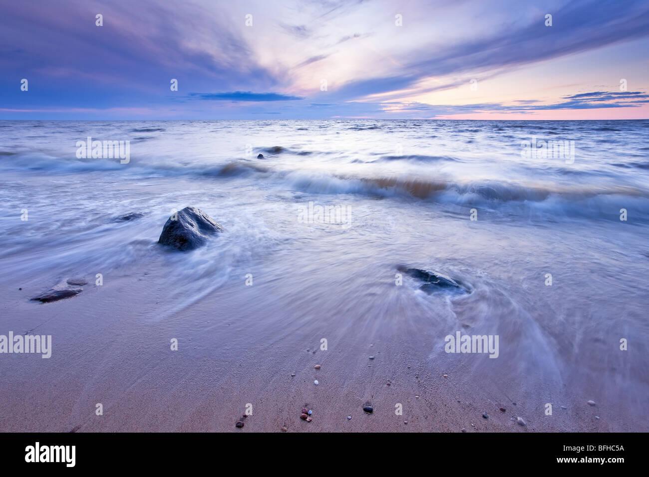 Il Lago Winnipeg al crepuscolo. Lester Beach, Manitoba, Canada. Immagini Stock