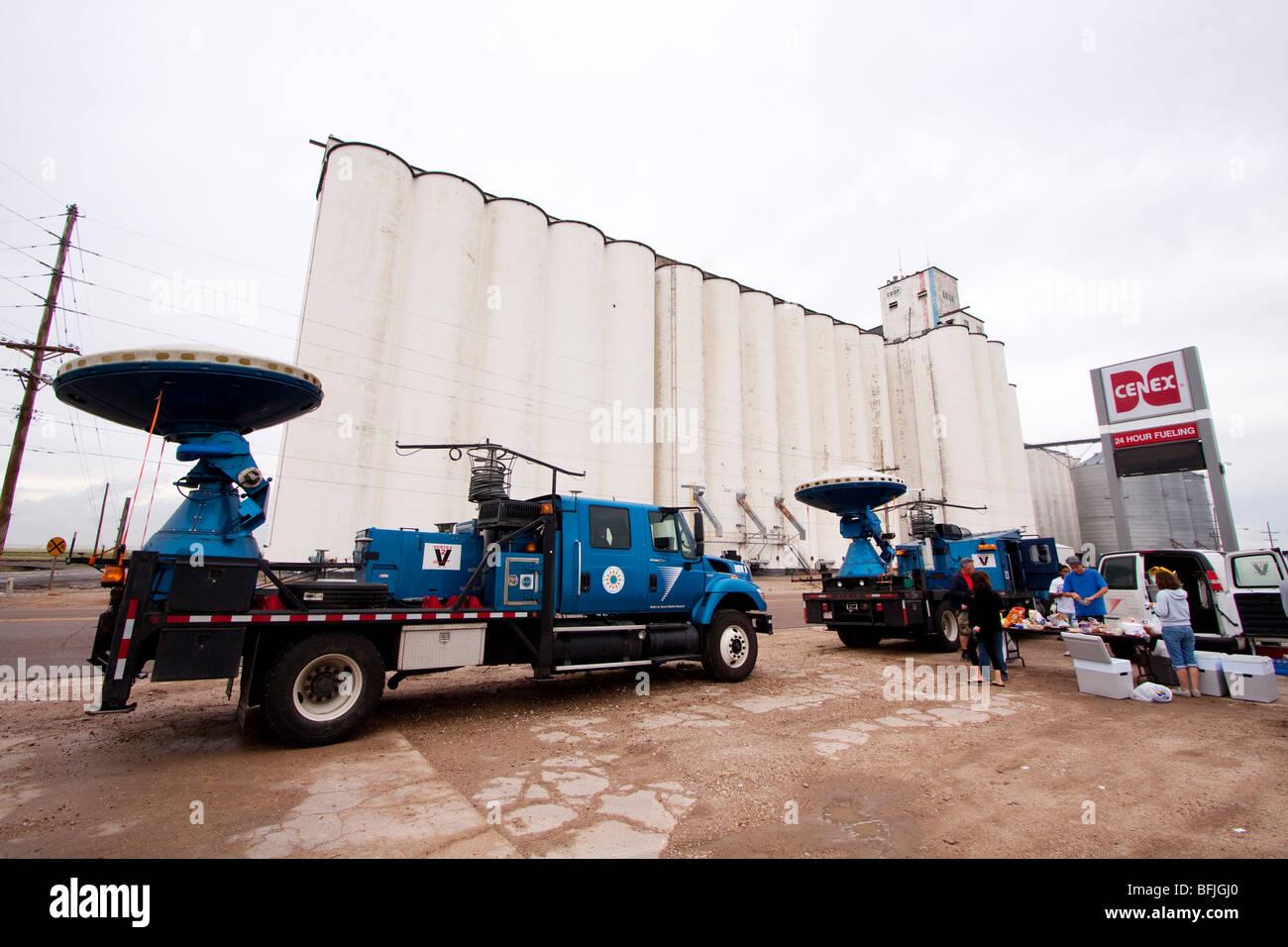 Il doppler su ruote camion parcheggiati in un Cenex stazione di benzina in western Kansas, Stati Uniti d'America, Immagini Stock