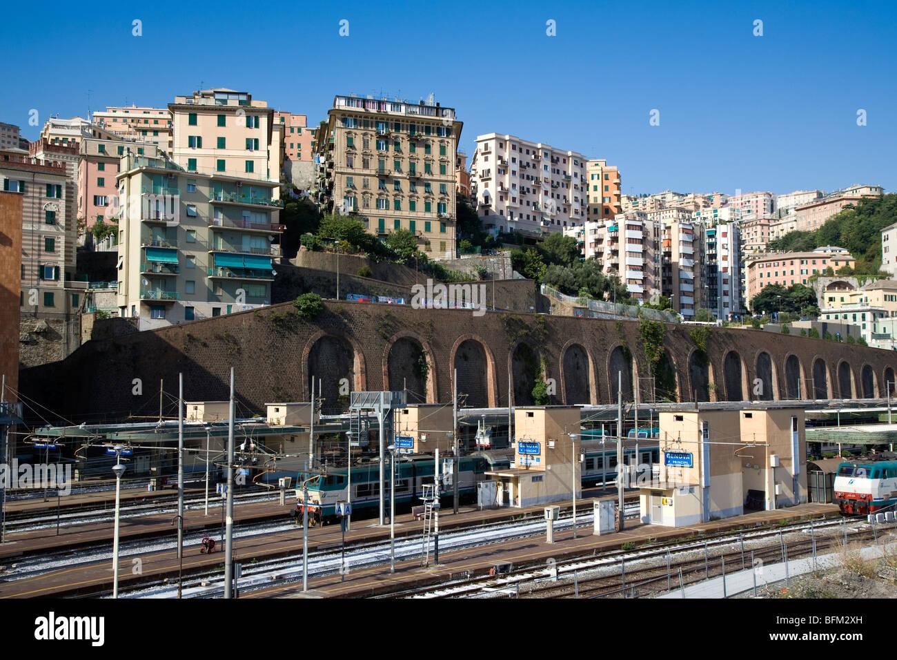 Stazione ferroviaria di porta principe genova italia - Genova porta principe ...