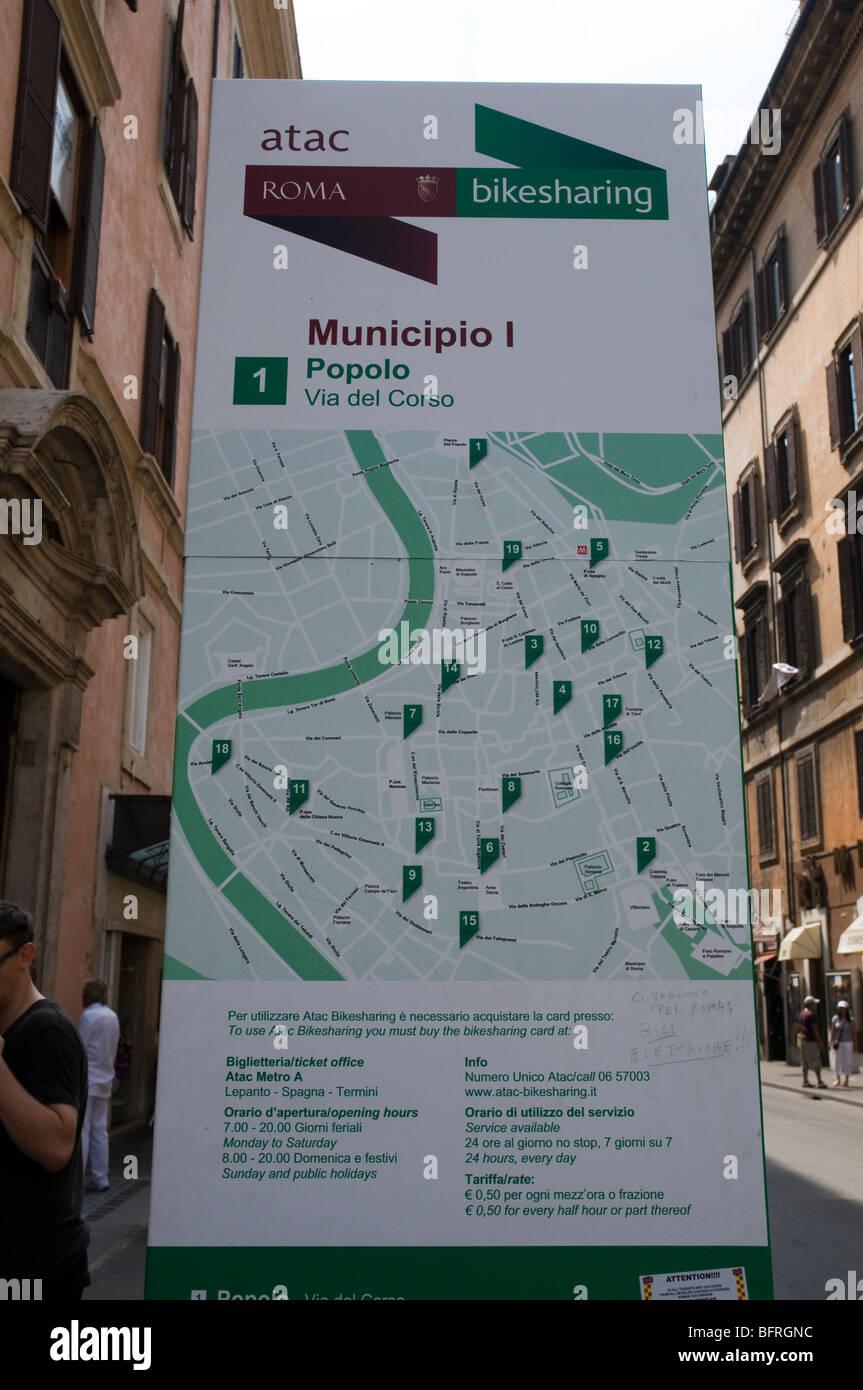 Mappa di ATAC stazioni bikesharing a Roma Immagini Stock
