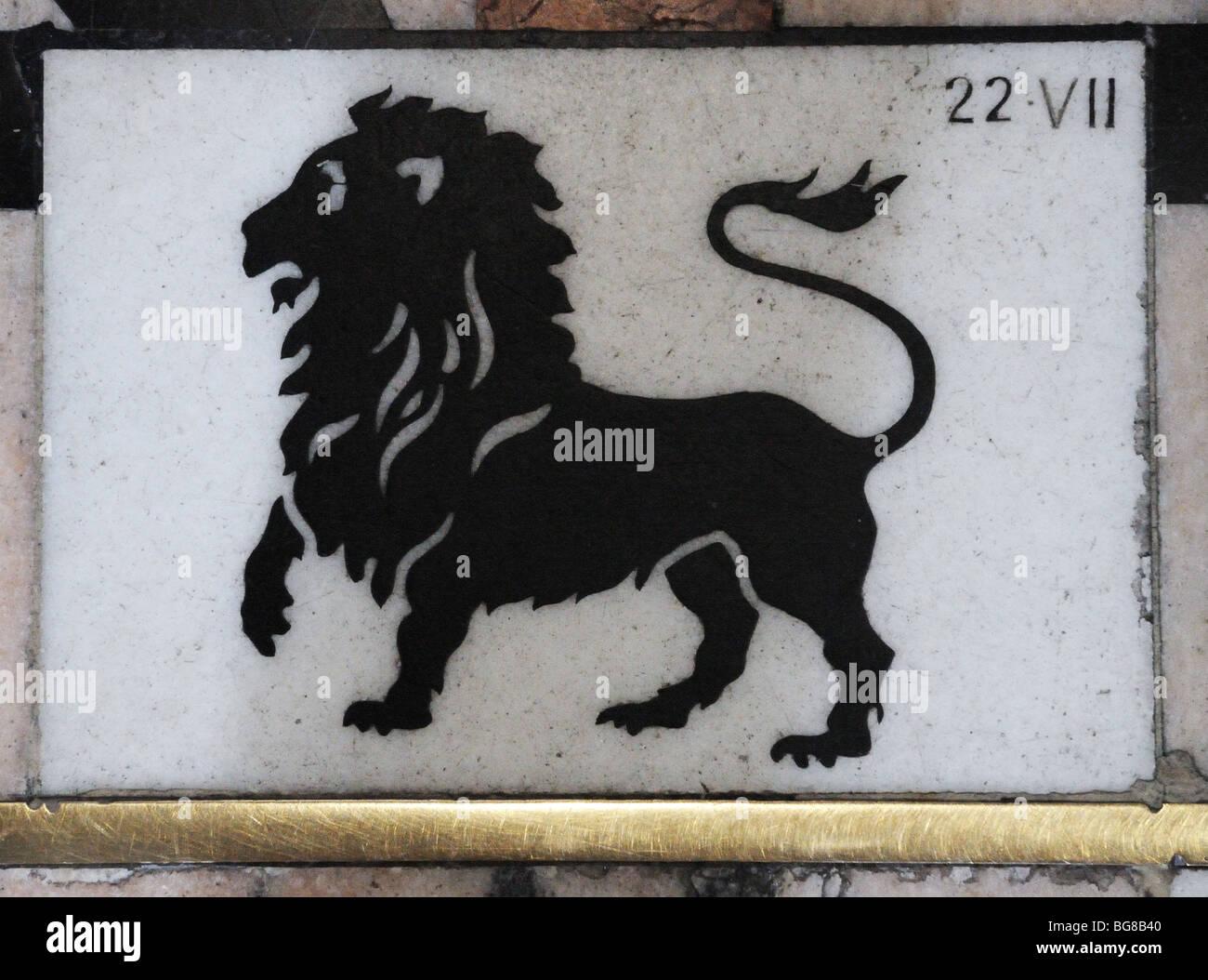 Leo zodiac immagini & leo zodiac fotos stock alamy