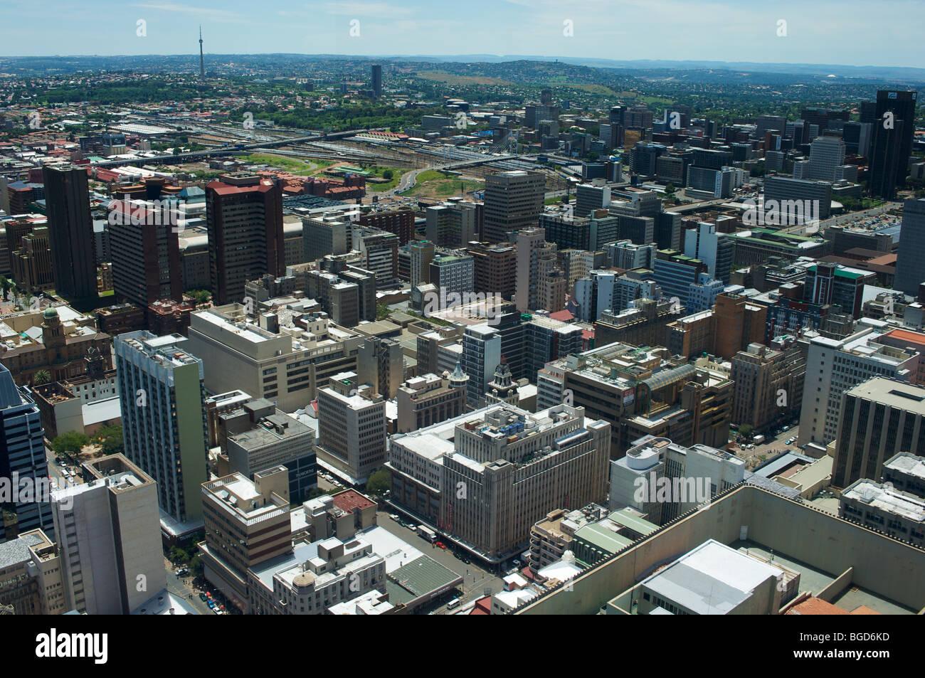 Vista nord-ovest dalla parte superiore del centro di Carlton, Johannesburg, Sud Africa, del centro di Johannesburg Immagini Stock
