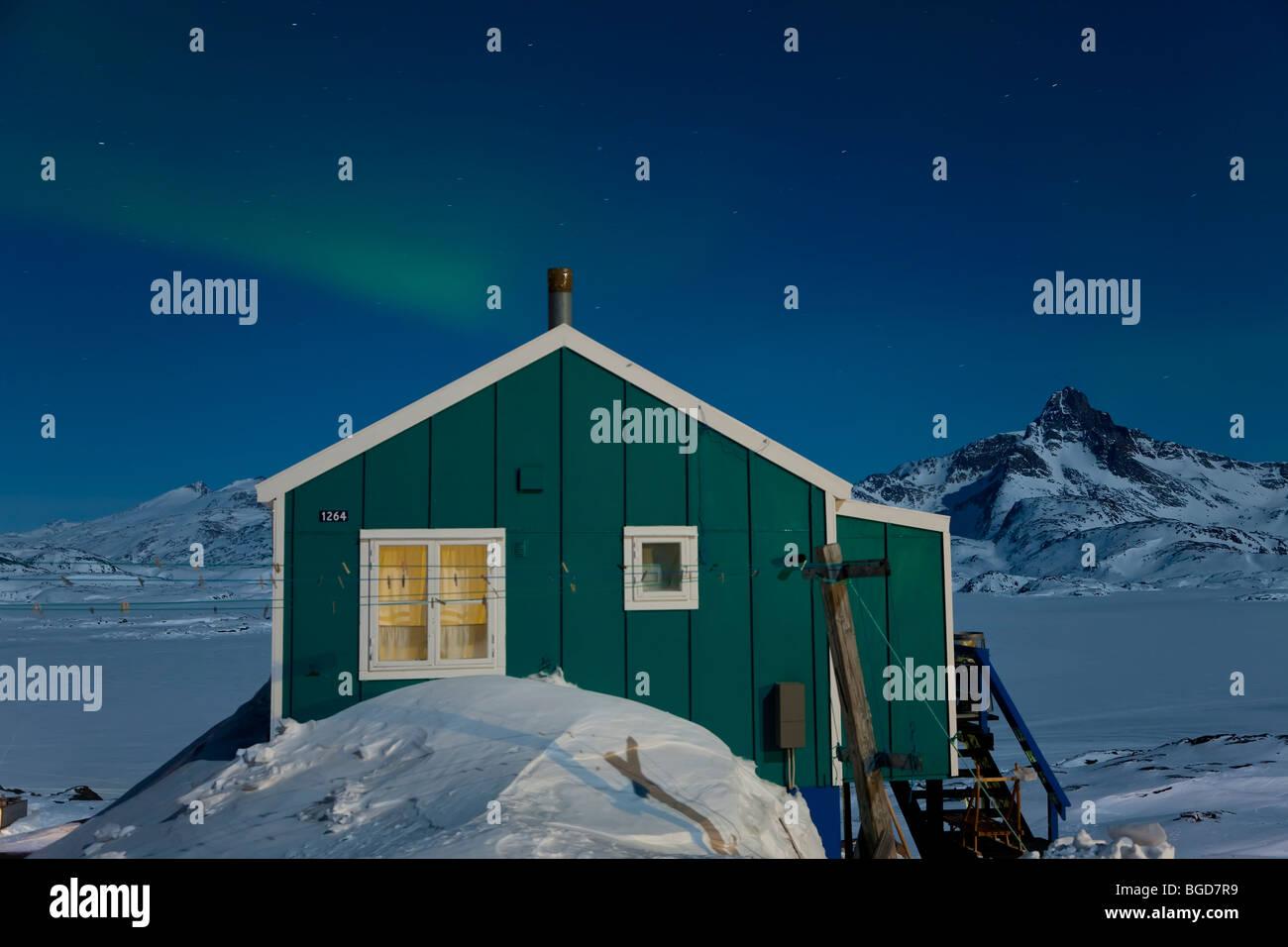 Aurora Boreale o polare settentrionale luci, Tasiilaq, E. Groenlandia Immagini Stock