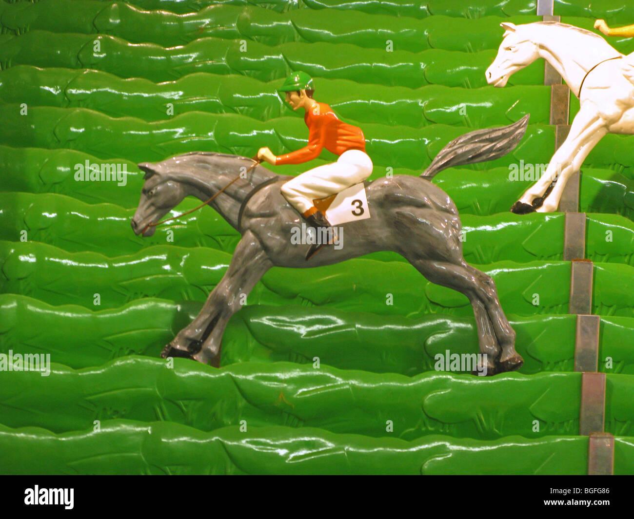 Gioco di divertimento giocattoli - horse racing Immagini Stock