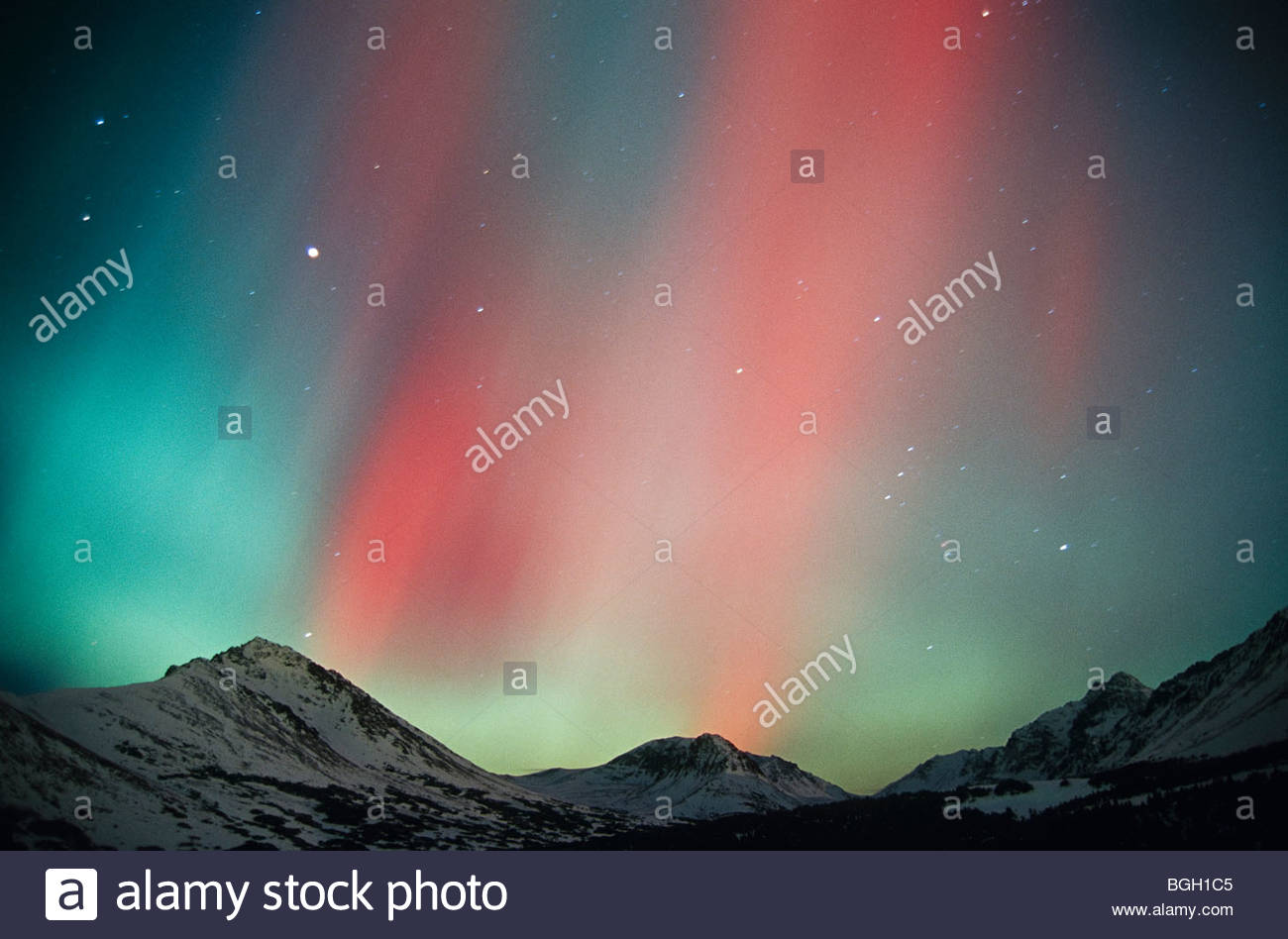 Alaska, Anchorage. Aurora, Chugach Mountains. Immagini Stock