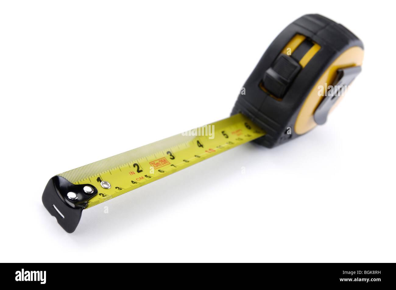 Nastro di misurazione isolata su sfondo bianco Foto Stock