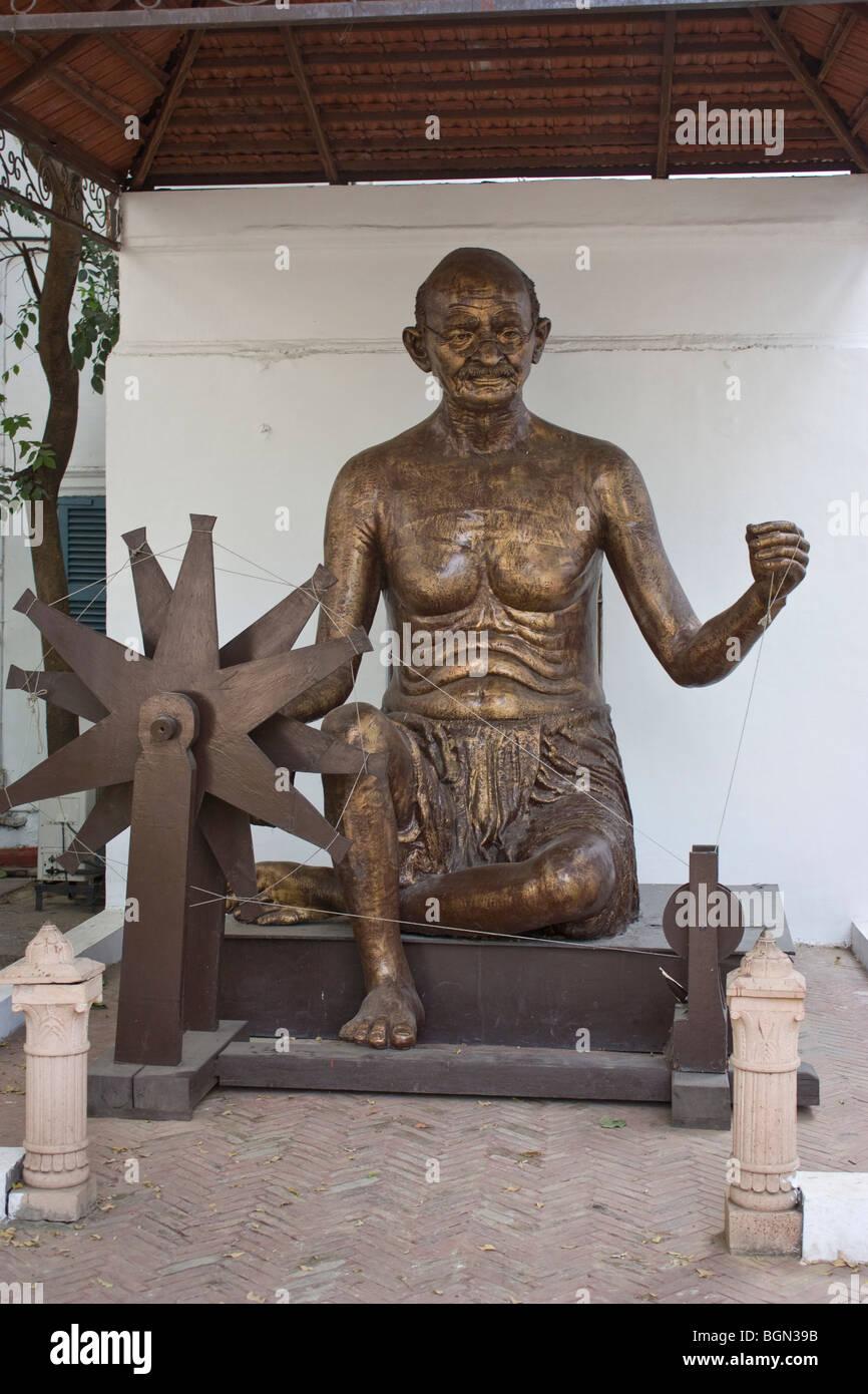 Statua del Mahatma Gandhi vicino a Rajghat, Delhi Immagini Stock