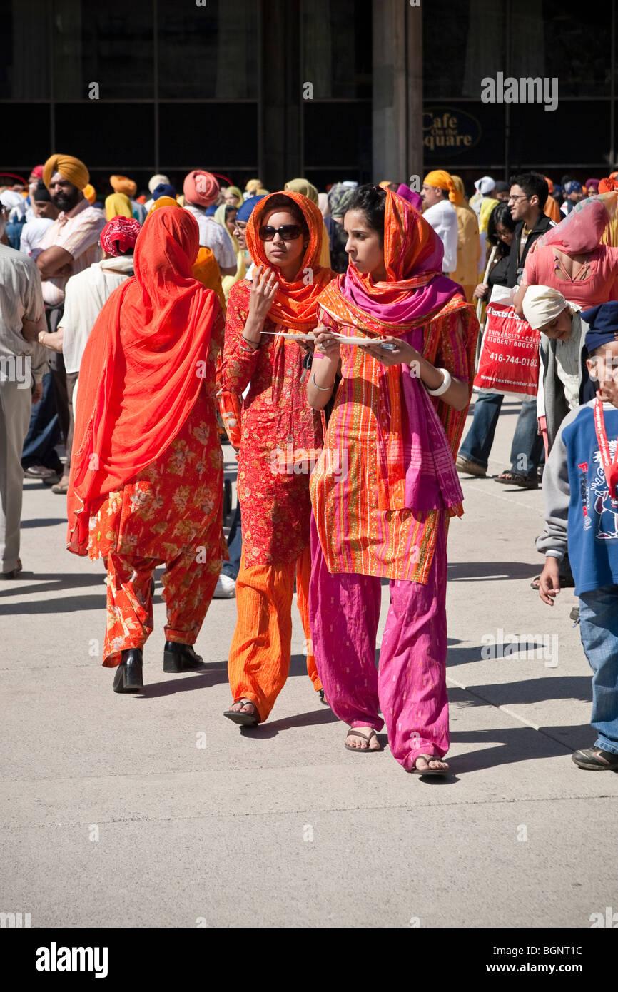 Relazioni annuali di primavera Vaisakhi parade di Toronto, celebra la cultura Sikh Foto Stock