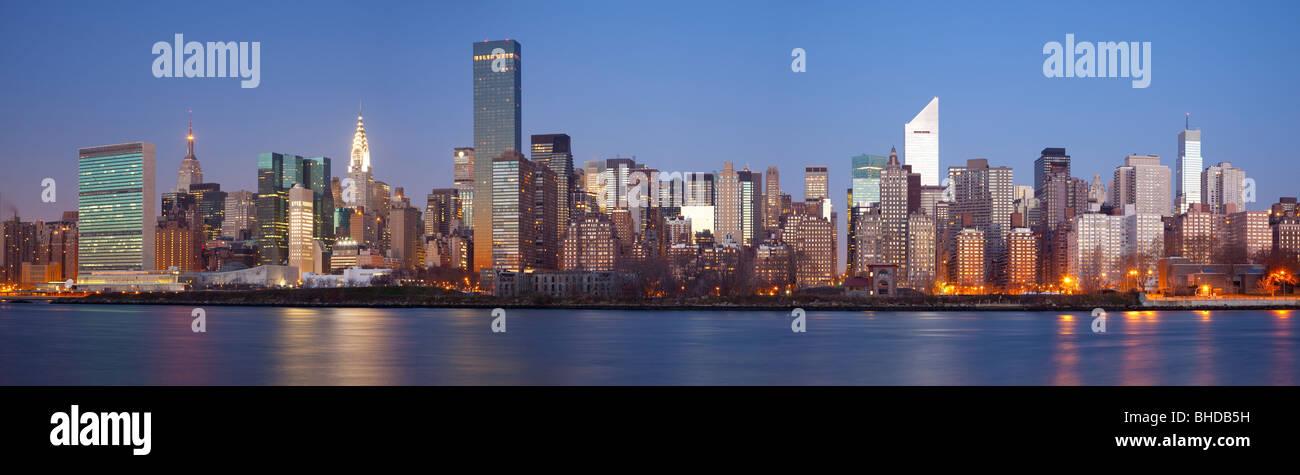 Midtown New York visti da Long Island Immagini Stock