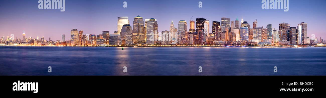 Lo Skyline di Manhattan vista dal New Jersey Immagini Stock