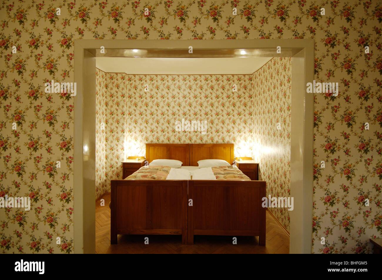 Camera da letto con letto matrimoniale, Art Nouveau, Villa Hermes ...