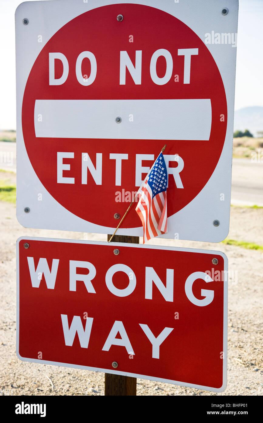 Stati Uniti bandiera, highway traffic sign. Immagini Stock