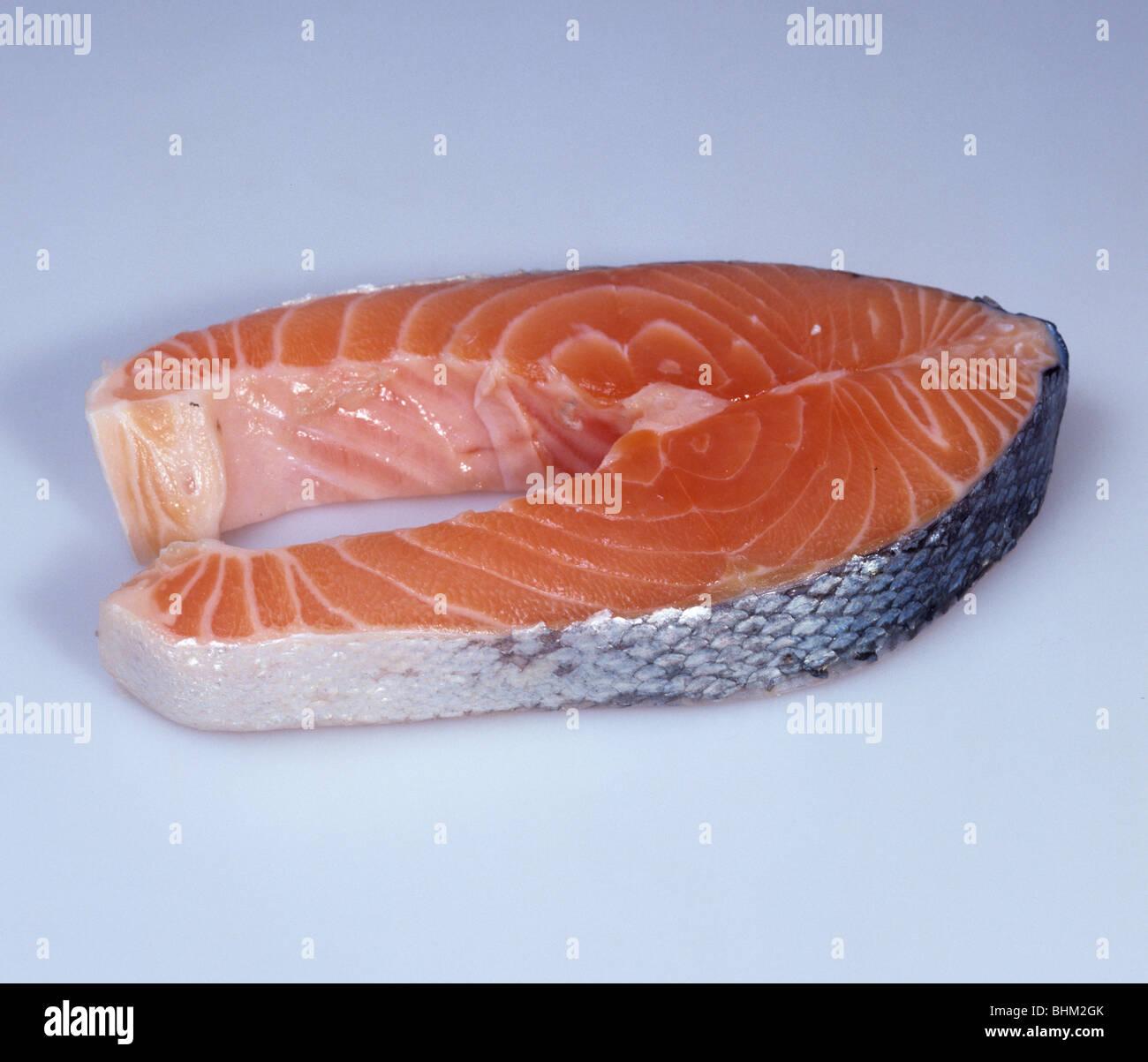 Un salmone affumicato bistecche, pesce oleoso e una fonte di vitamina D e sodio Immagini Stock