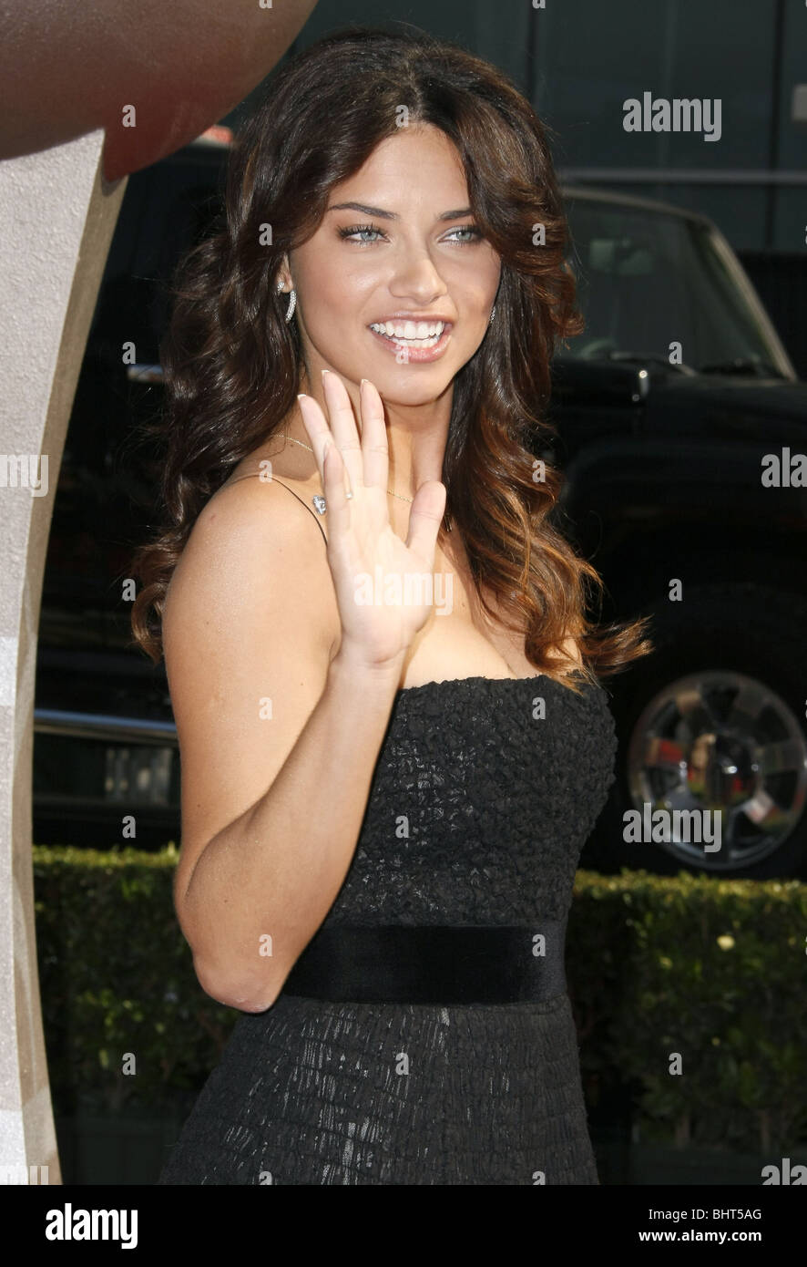 ADRIANA LIMA IL 2008 ESPYS red carpet DOWNTOWN LOS ANGELES
