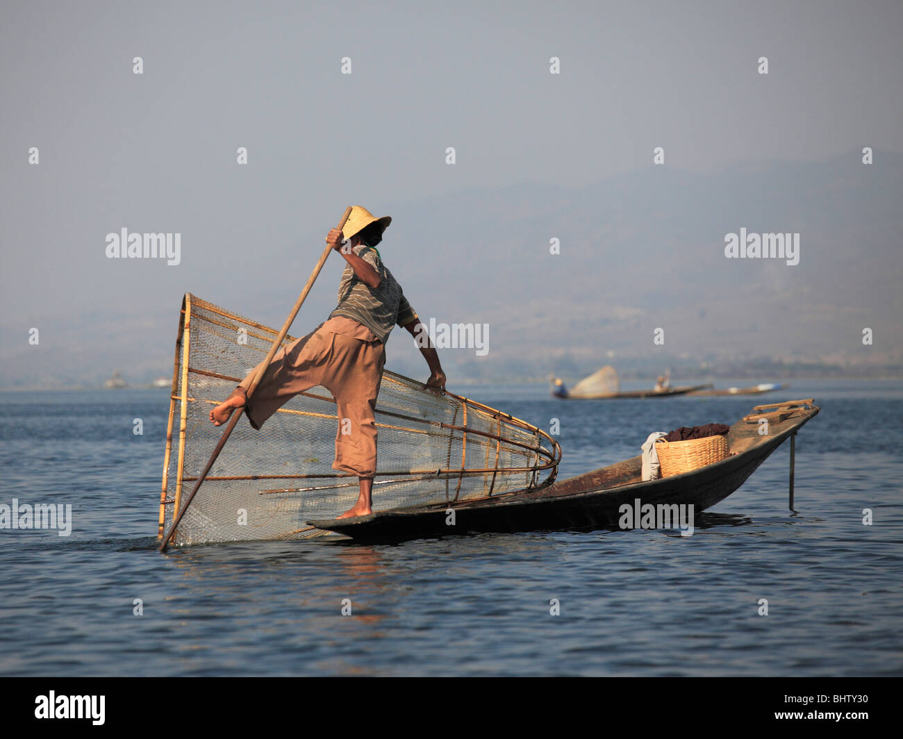 Myanmar Birmania Lago Inle, pescatore, gamba vogatore, Stato Shan, Immagini Stock