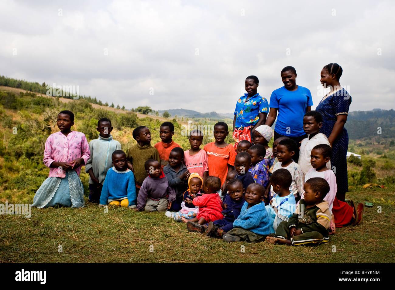 Bambini locali a Mufindi, Tanzania Africa orientale Immagini Stock
