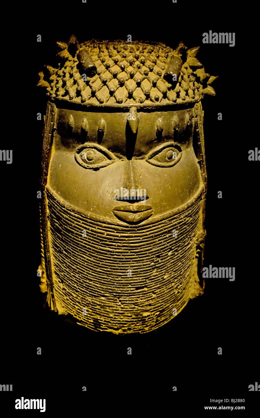 231ca1c00a Testa di donna reale Benin Nigeria Benin statua Museo di Scultura ...