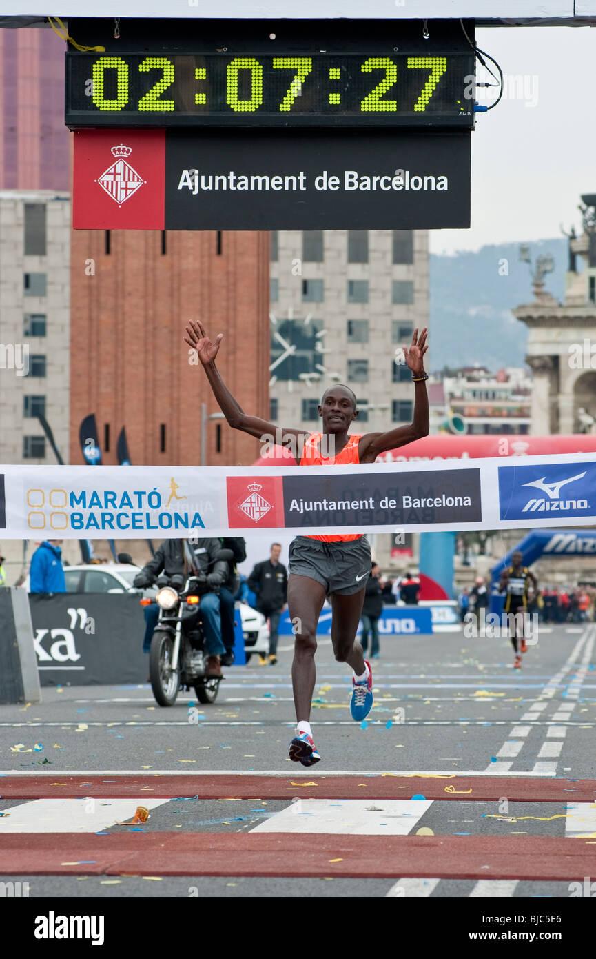 Ai partecipanti alla Maratona di Barcellona 2010. Immagini Stock