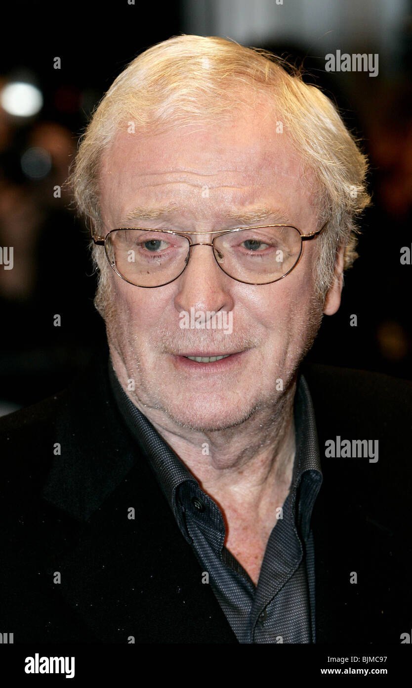 SIR Michael Caine UK FILM PREMIERE DI SLEUTH L' ODEON WEST END Leicester Square Londra Inghilterra 18 Novembre 2007 Foto Stock