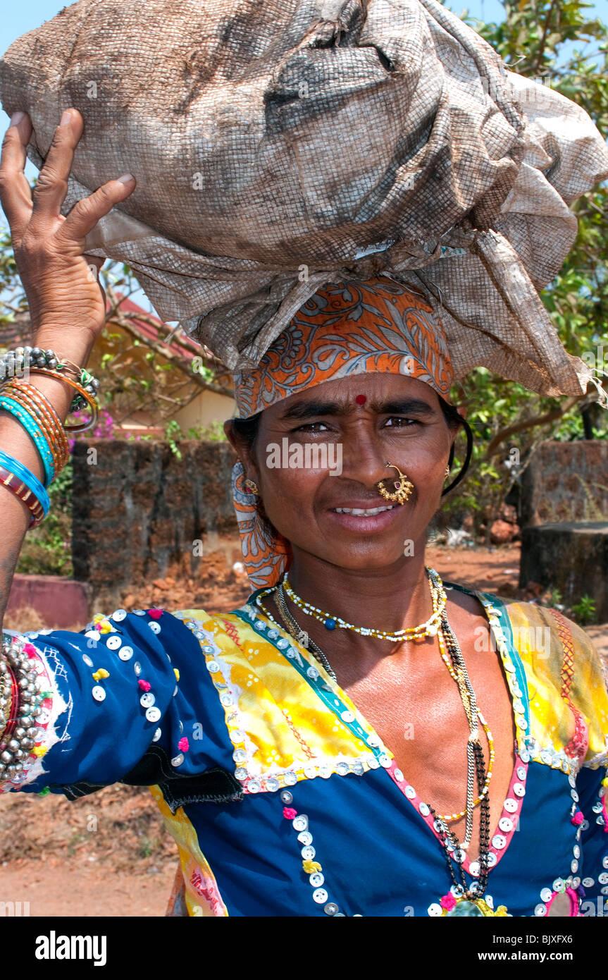 Donna locale, Candolim, Goa, India Immagini Stock