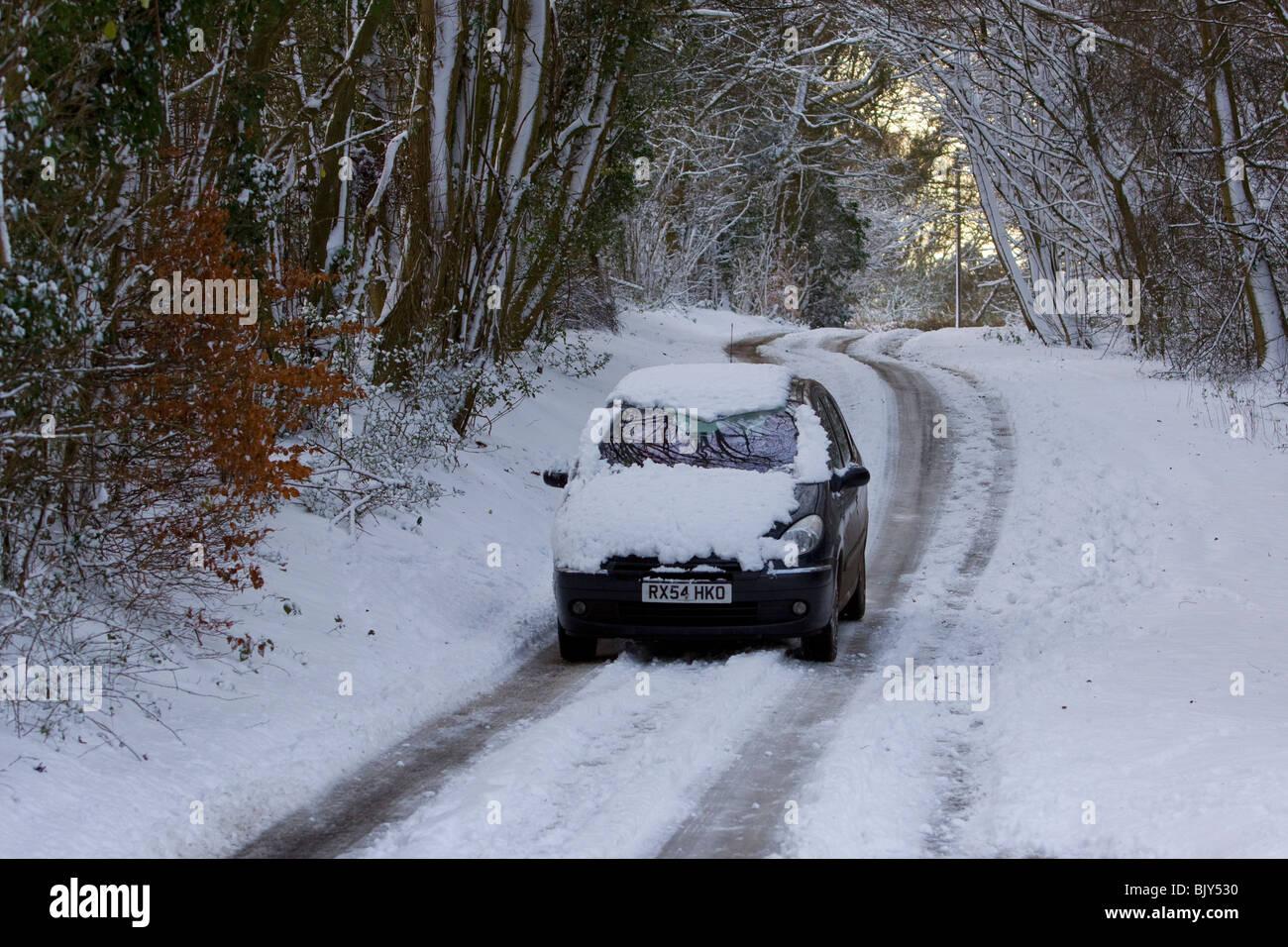 Unità nevoso inverno Neve guida condizioni pericolose Immagini Stock