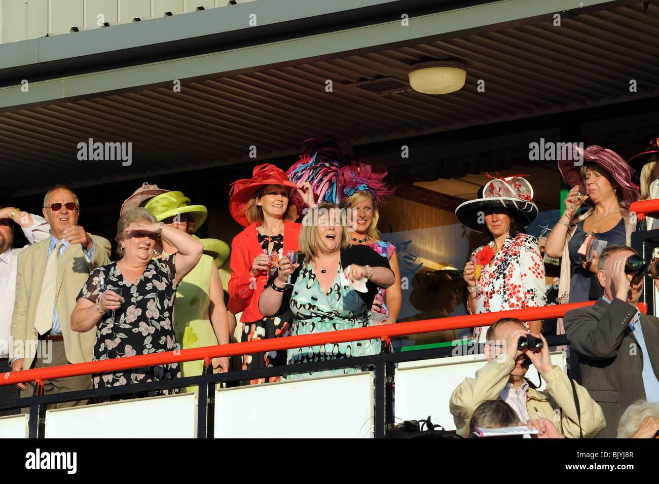Ladies Night a Wolverhampton Racecourse Immagini Stock