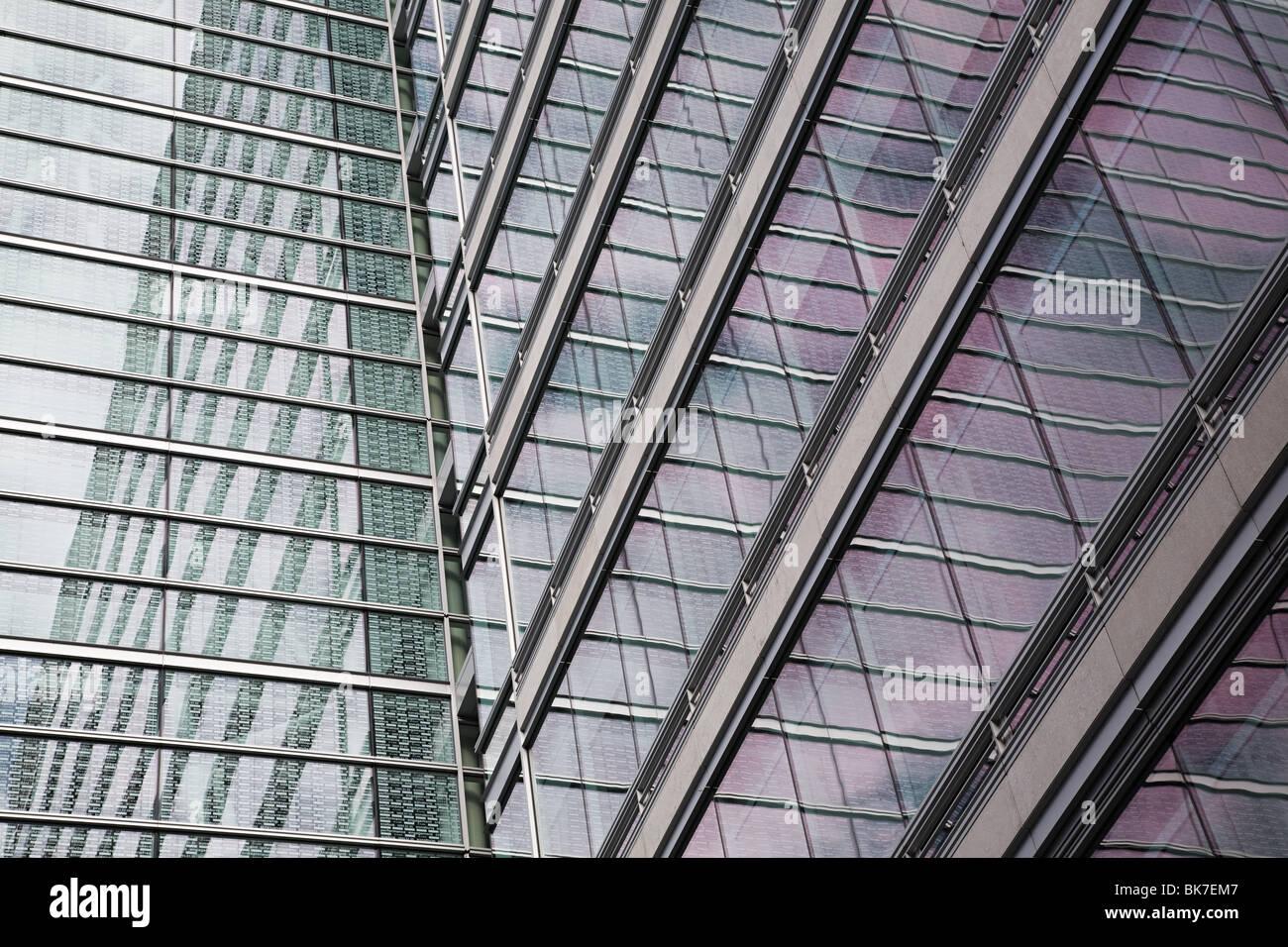 Windows di edificio per uffici Immagini Stock