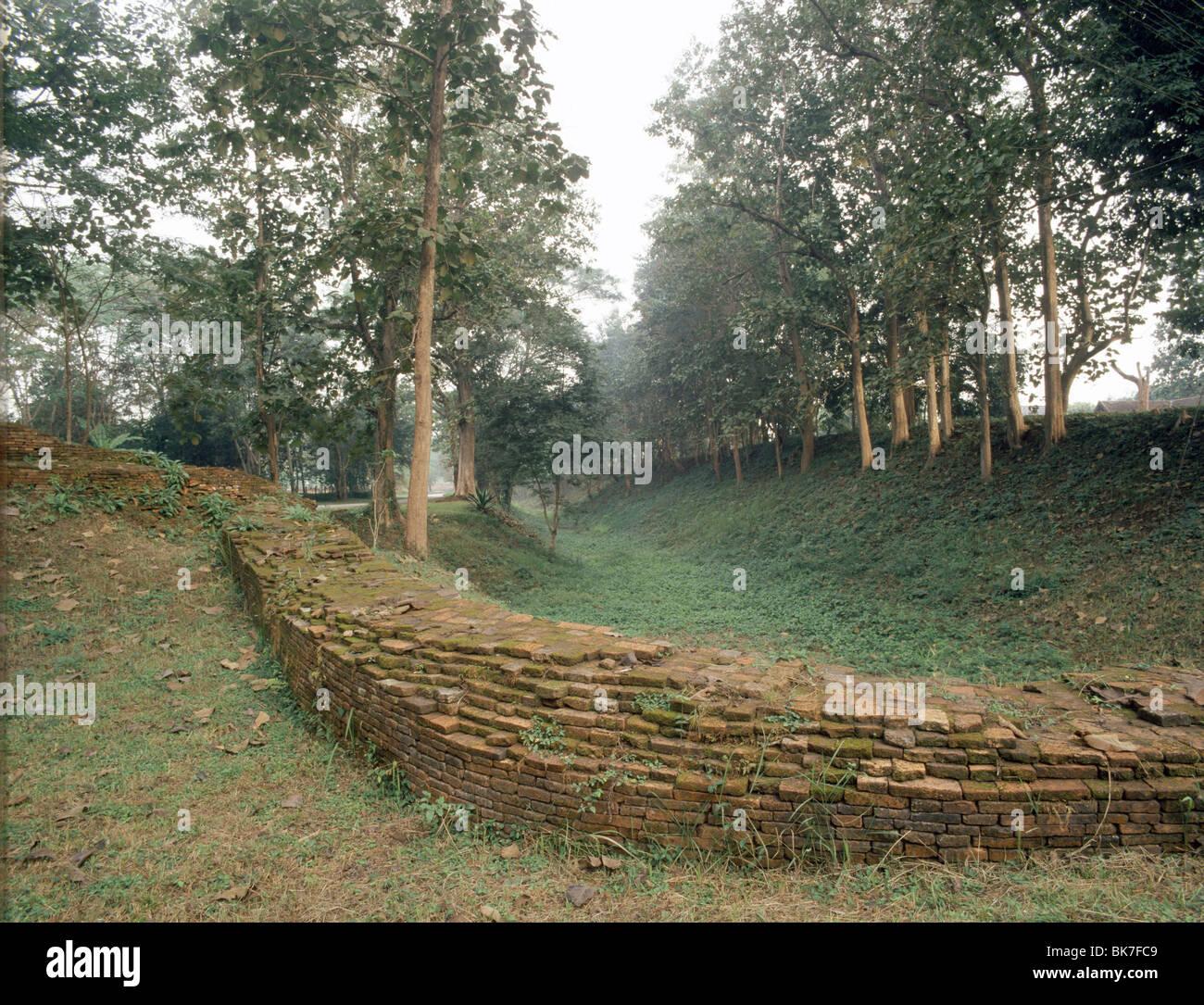 Le mura della città antica di Chiang Saen, la vecchia capitale della Tailandia del Nord regno di Lanna, Thailandia, Immagini Stock