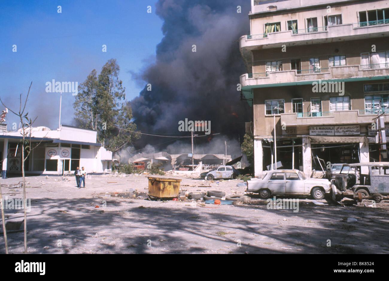 Bombardamenti della Bourj Hammoud settore guerra civile libanese Libano 1989 Immagini Stock