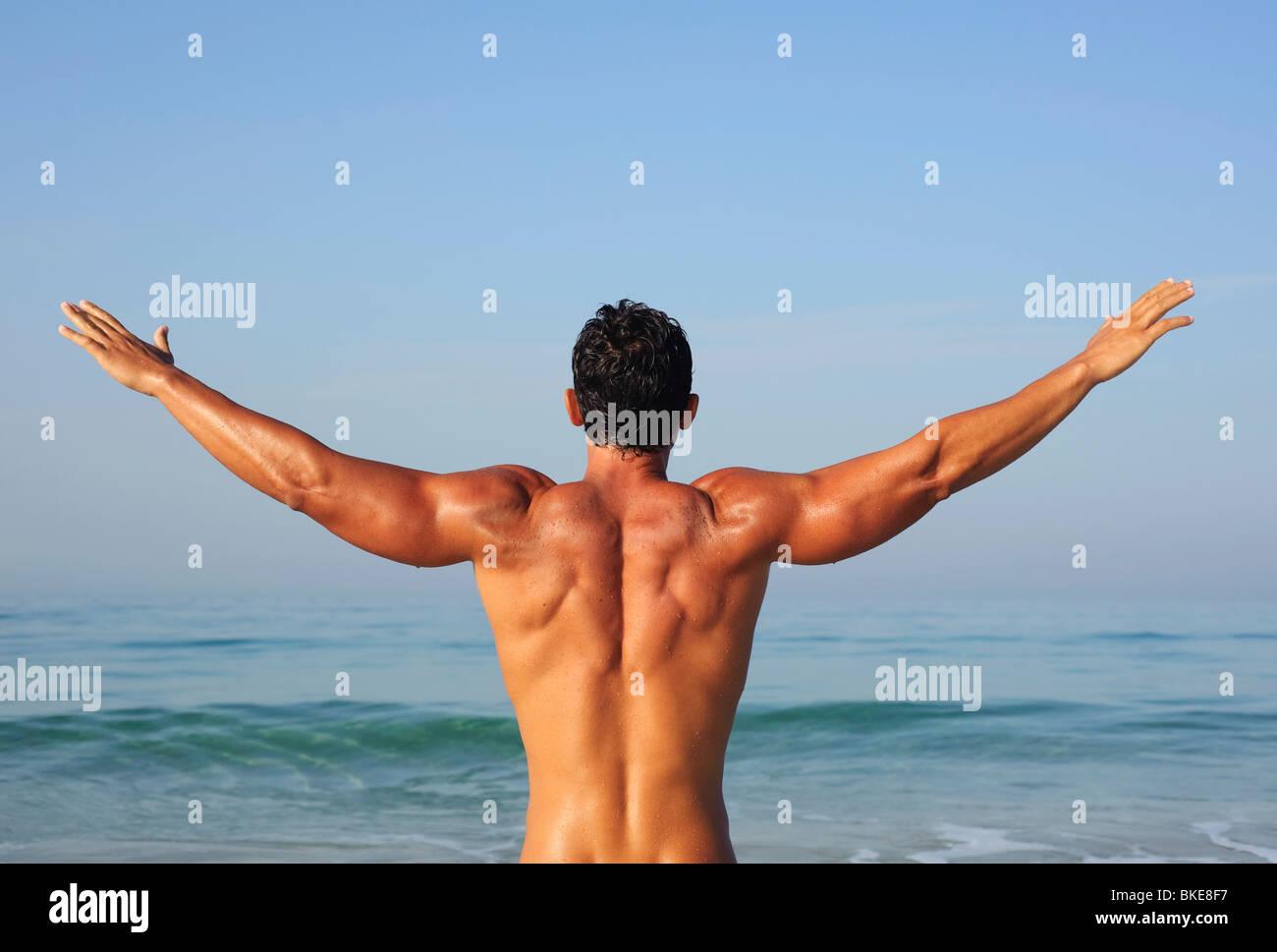 Uomo muscolare Immagini Stock