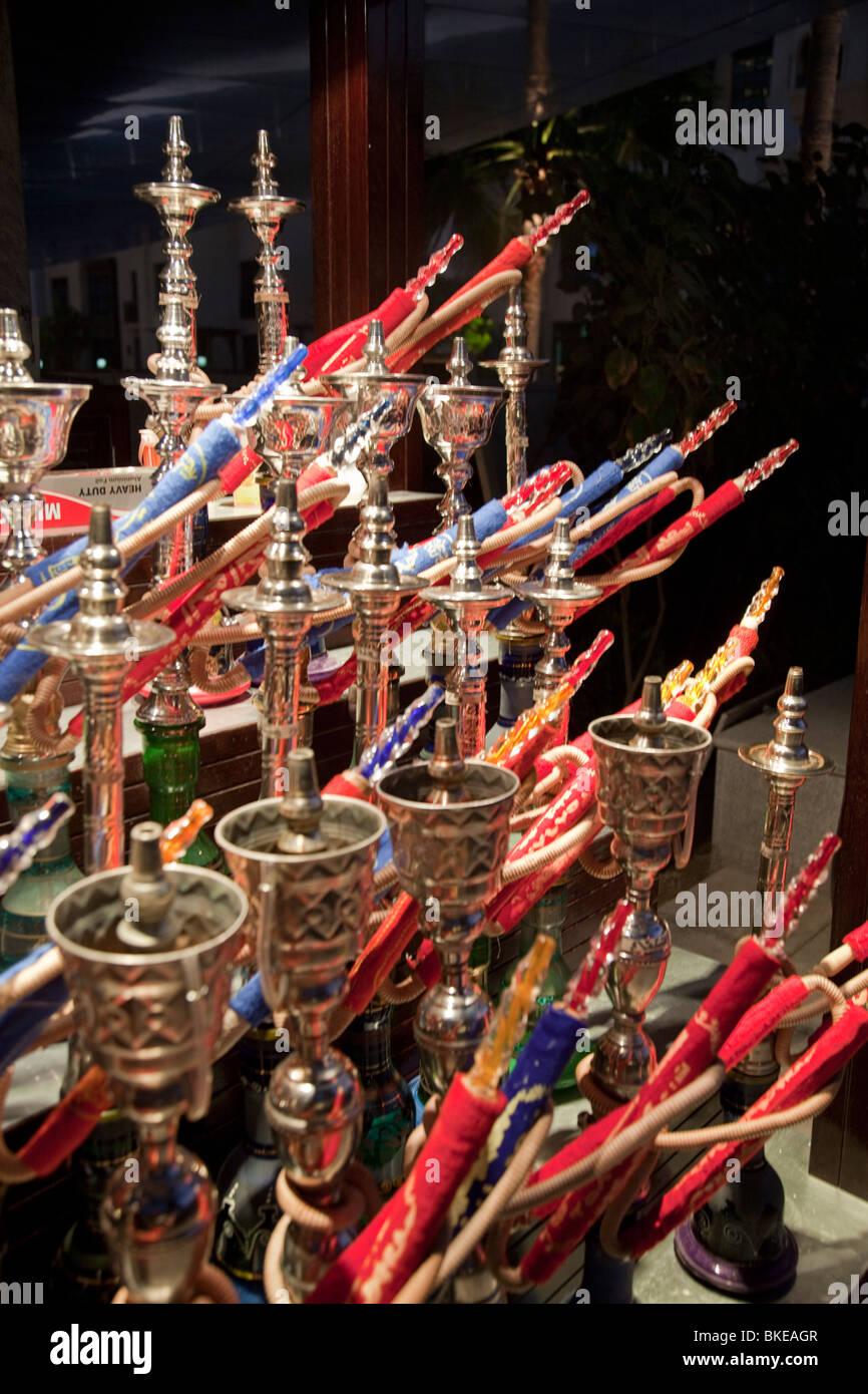 Arabian Shishas vicino a cinque stelle hotel l'indirizzo in Dubai Immagini Stock