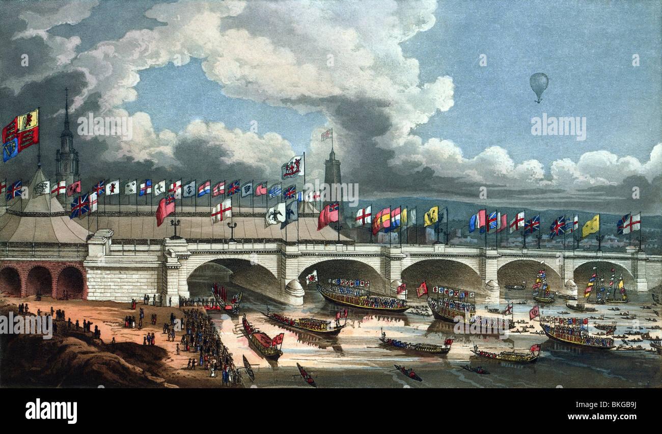Colore contemporaneo stampa per incisione raffigurante l'apertura del nuovo ponte di Londra attraverso il Fiume Foto Stock