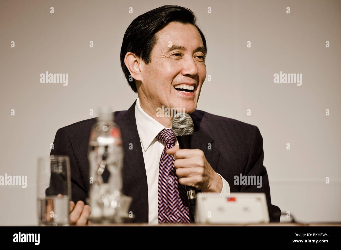 Presidente Ma Ying-jeou di Taiwan e della Repubblica popolare cinese, indirizzi di Taiwan i corrispondenti esteri' Immagini Stock