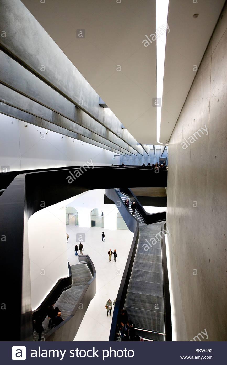 Il MAXXI Museo nazionale delle arti del XXI secolo,Progettato da Zaha Hadid,Roma Immagini Stock