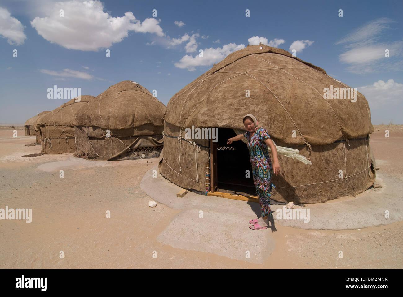 Ayaz Qala Yurt camp, Karakalpakstan, Uzbekistan Immagini Stock