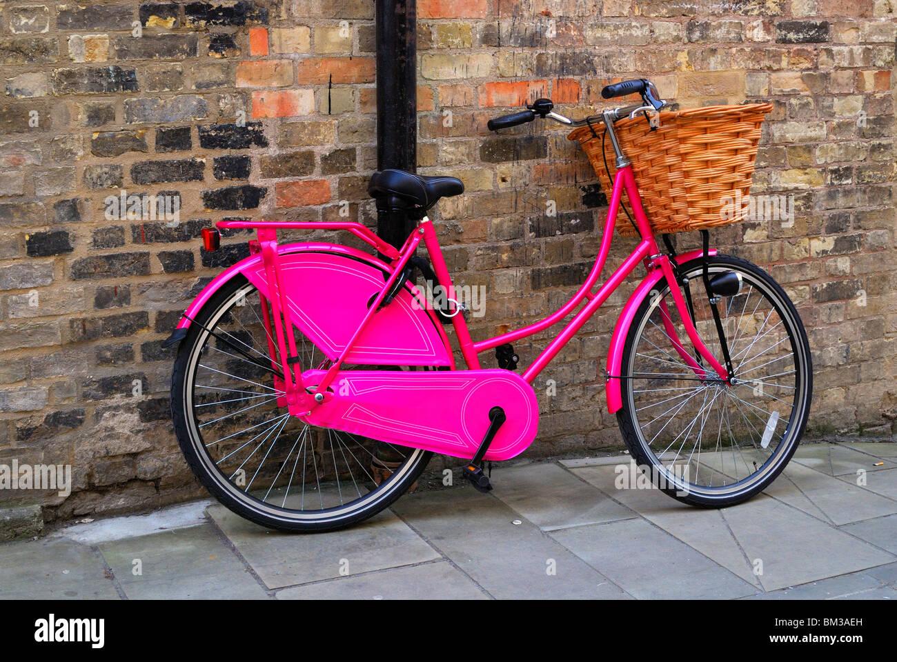 Bicicletta Rosa Spingere Bike Foto Immagine Stock 29577593 Alamy