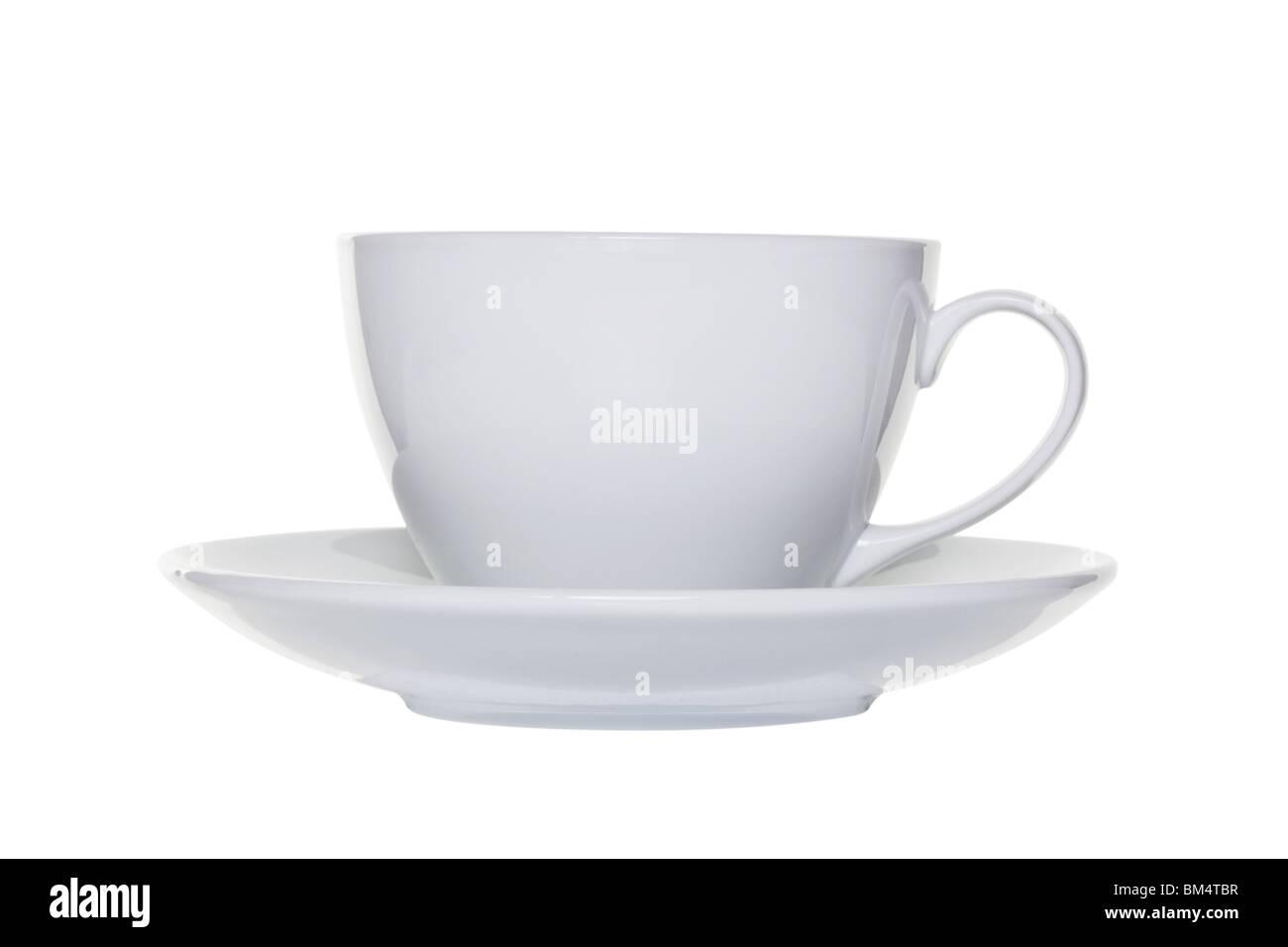 White tazza da caffè con piattino isolato su uno sfondo bianco con tracciato di ritaglio Immagini Stock