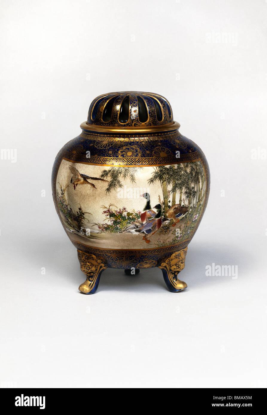 Bruciatore di incenso. Giappone, secolo XIX Immagini Stock