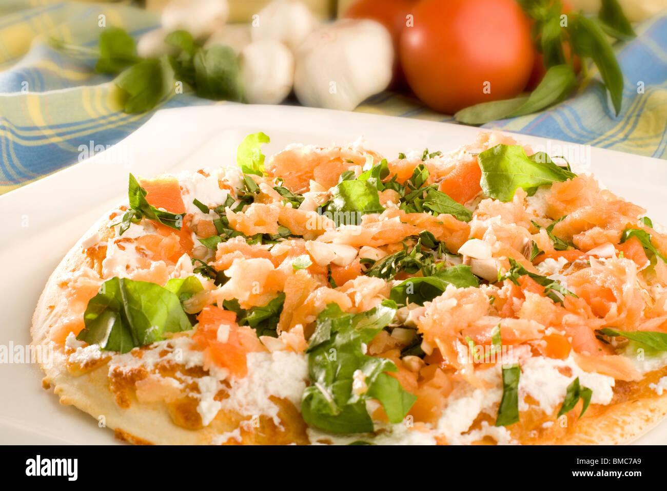 Pizza salmone Immagini Stock