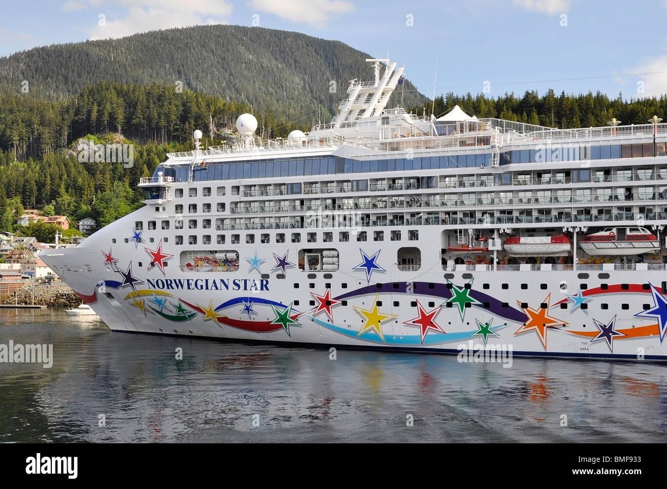 La nave di crociera - Star norvegese Immagini Stock