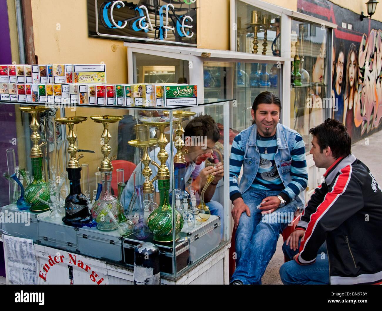 Turchia Istanbul fumatori tubazione acqua cancro ai polmoni Immagini Stock