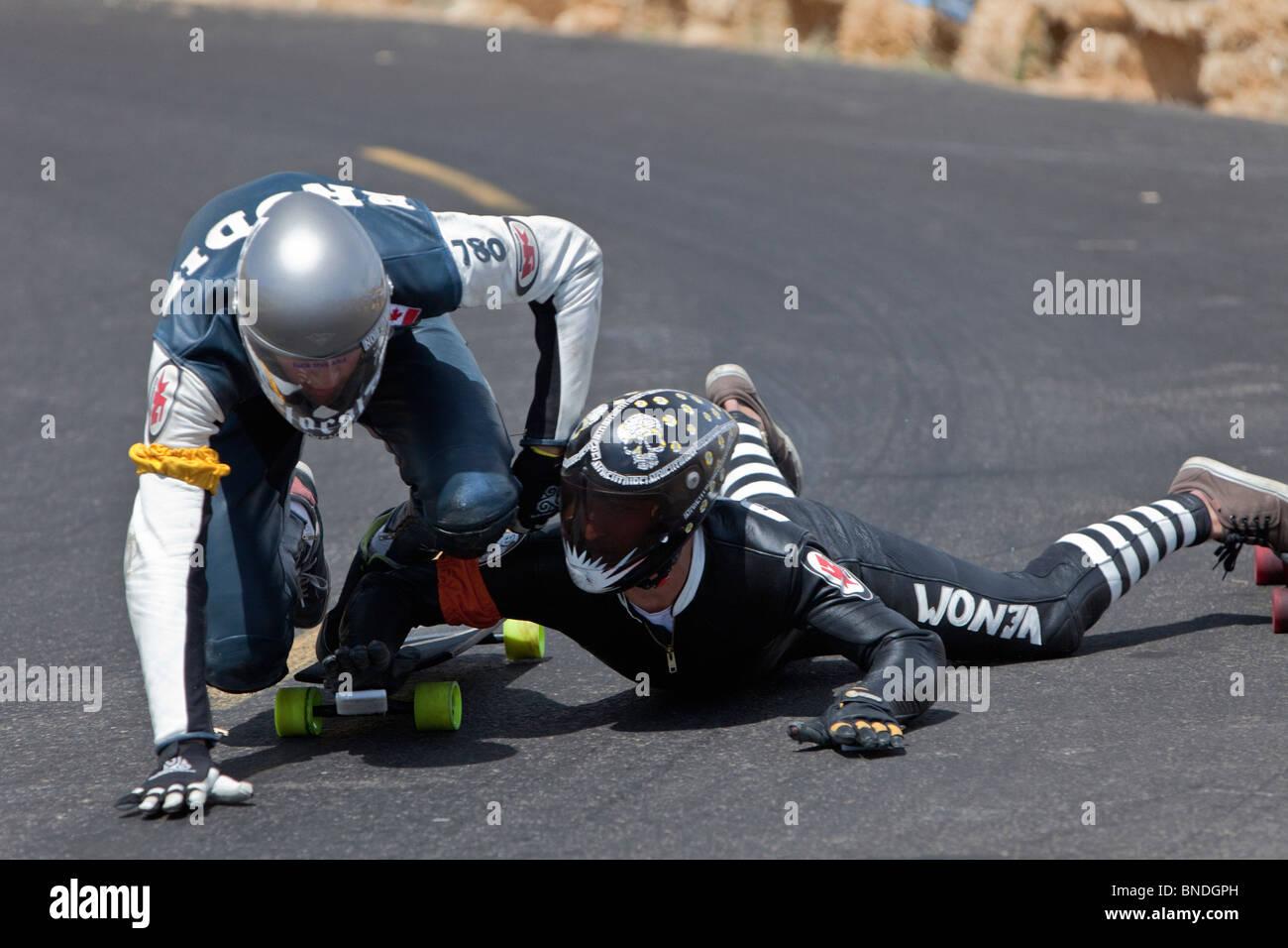 Skateboarders schiantarsi, IGSA World Cup Series. Immagini Stock