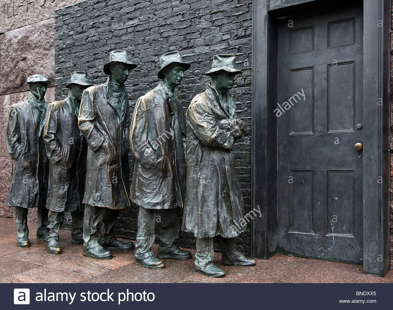 Statua della Grande Depressione pane linea, Franklin Delano Roosevelt Memorial, Washington DC, Stati Uniti d'America Immagini Stock
