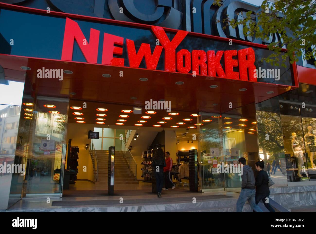 NewYorker abbigliamento fashion shop centrale di Varna il litorale del Mar  Nero in Bulgaria in Europa 6ca33e1c1843