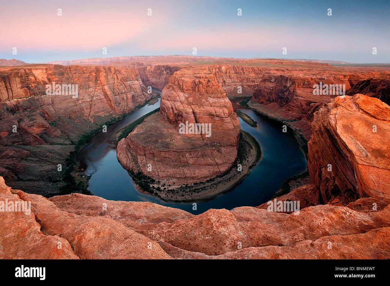 Luce di Alba, piegare a ferro di cavallo, Arizona, Stati Uniti. Immagini Stock