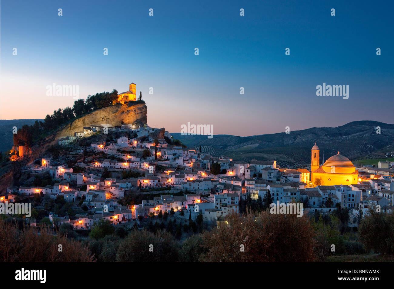 Andalusia spagna Montefrio hill città di sera in viaggio Viaggi turismo vacanza vacanze Immagini Stock