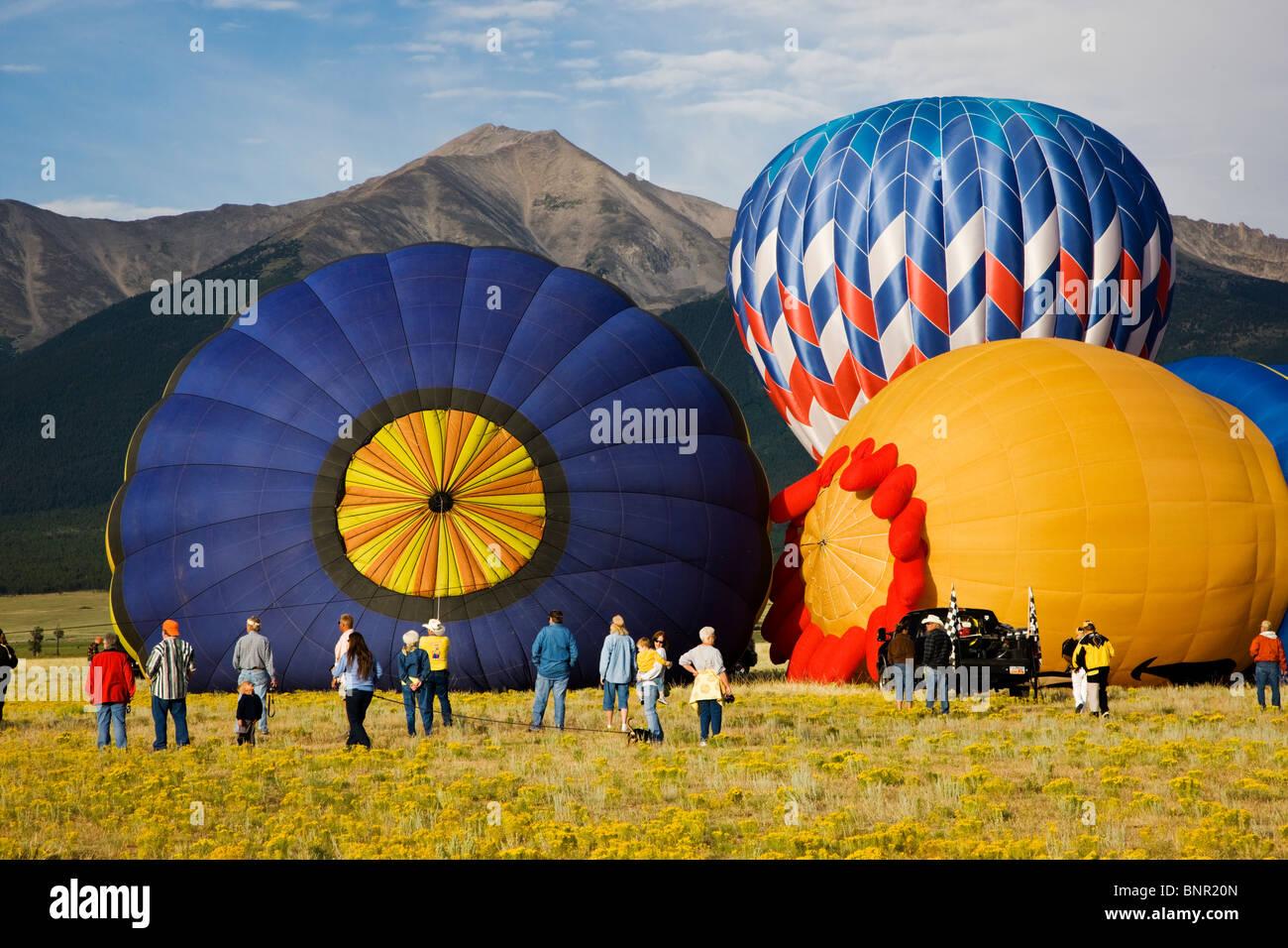 I palloni ad aria calda all'annuale Balloona Vista Festival, Buena Vista, Colorado, STATI UNITI D'AMERICA Immagini Stock